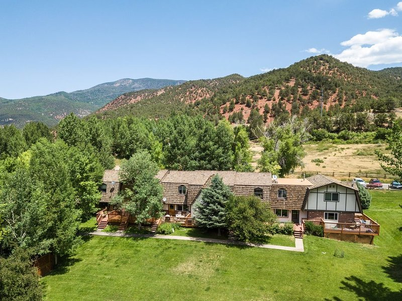 BEST RATES IN ASPEN, BASALT VALLEY, INQUIRE FOR LAST MINUTE DISCOUNTS, vacation rental in Basalt