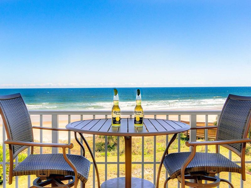 Sea-Esta Oceanfront Luxurious Seaside Vacation Rental Ormond Beach/Daytona Beach, Ferienwohnung in Ormond Beach