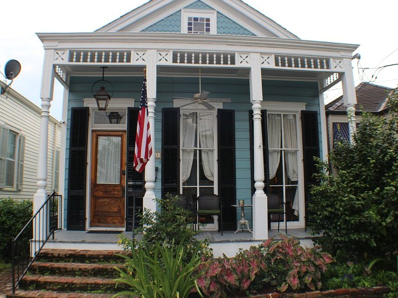 19th Century New Orleans Shot Gun House, holiday rental in New Orleans