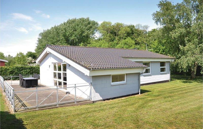 3 Zimmer Unterkunft in Egernsund, vacation rental in Soenderborg
