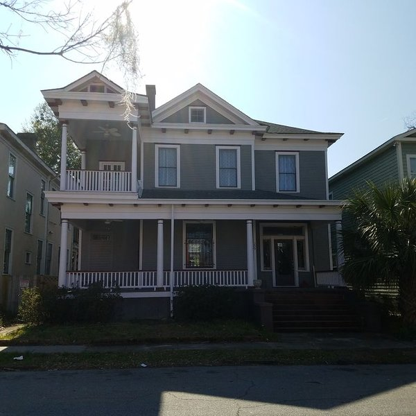 **Historic Savannah Home**Great for longer stays--Request a quote**, holiday rental in Georgetown