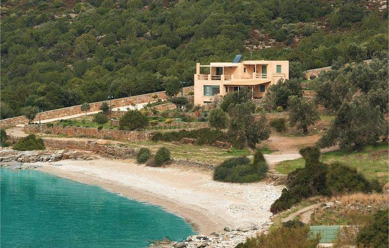 4 Zimmer Unterkunft in Marmari - Evia, casa vacanza a Eubea