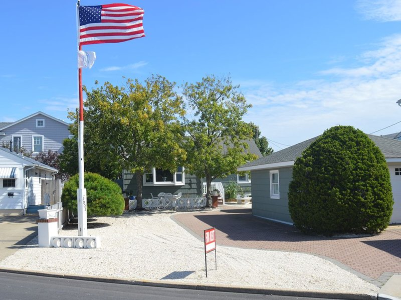 Bayside Property in Lavallette, NJ, holiday rental in Lavallette