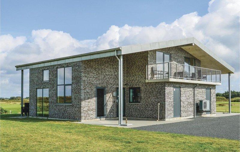 6 Zimmer Unterkunft in Ringkøbing, holiday rental in Houvig