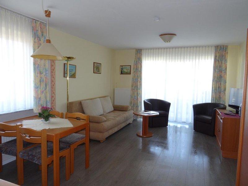 Fewo 7 Haus Bellevue in Laboe, vacation rental in Laboe