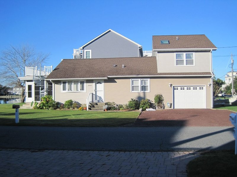 Great location with a place to dock your boat., alquiler de vacaciones en Bethany Beach