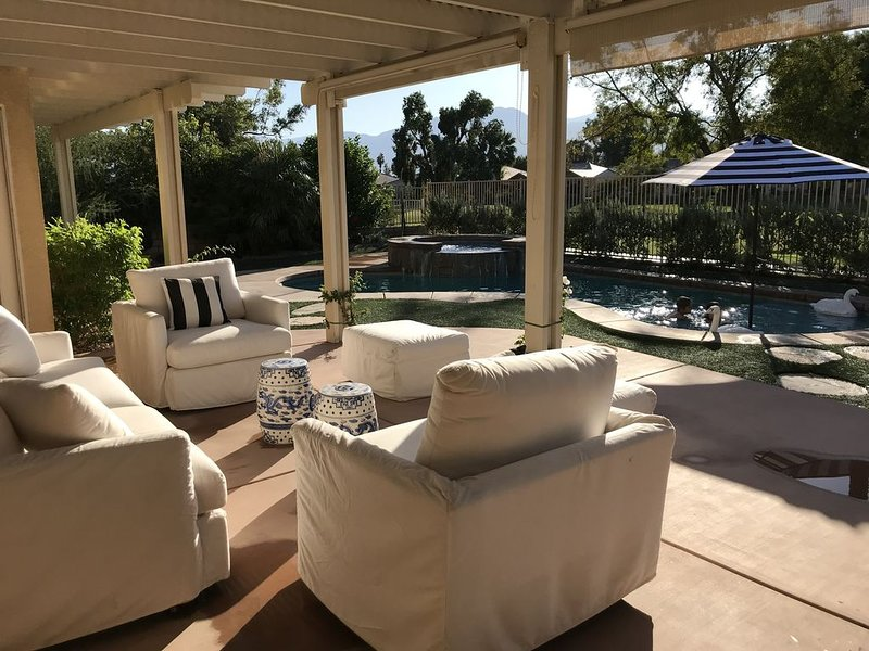 So close to Festivals  you can hear the music plus private pool and view!, alquiler de vacaciones en Indio