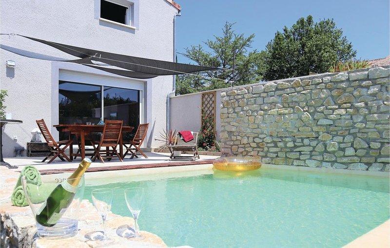 3 Zimmer Unterkunft in Montelimar, casa vacanza a Le Teil