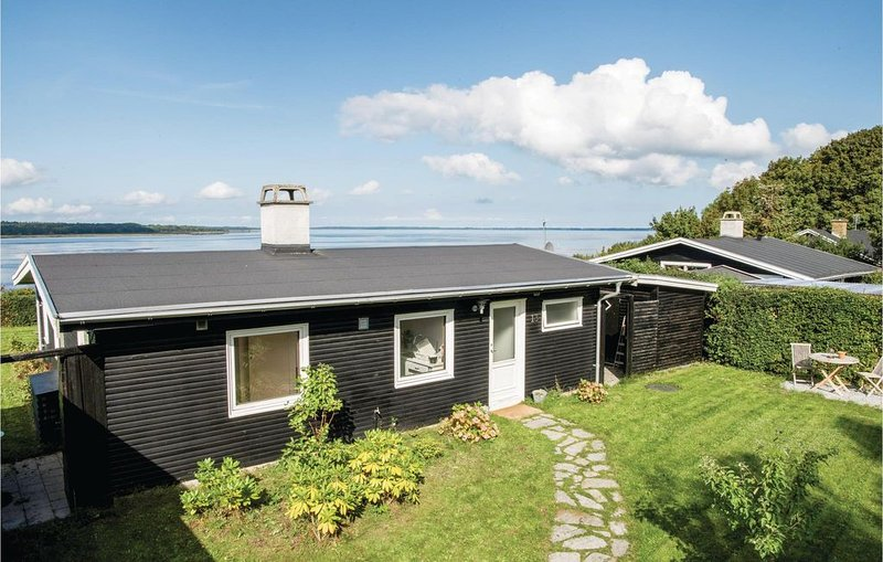1 Zimmer Unterkunft in Ølsted, holiday rental in Alleroed Municipality