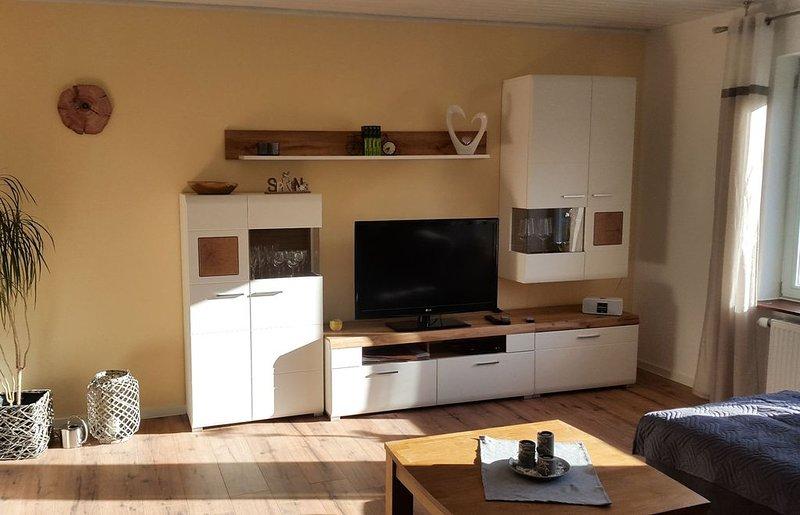 Ferienwohnung mit Balkon, 86qm, 2 Schlafzimmer, max. 3 Personen, alquiler vacacional en Sasbachwalden