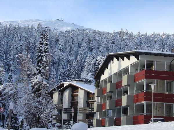 Ferienwohnung Laax für 4 - 6 Personen mit 2 Schlafzimmern - Ferienwohnung in Ein, vacation rental in Laax
