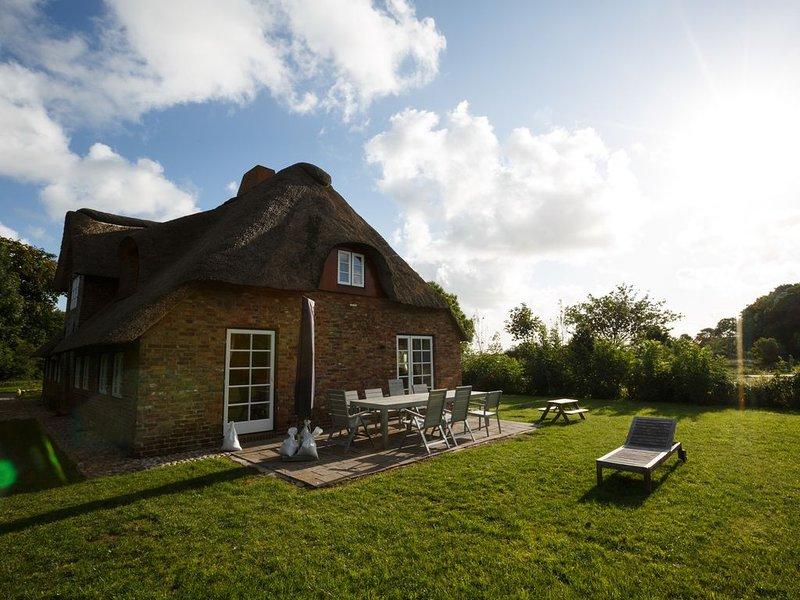 Ferienhaus für 6 Gäste mit 95m² in Borgsum (96583), holiday rental in Norddorf