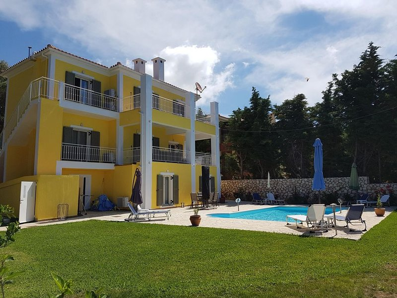 Villa Ela Ferienwohnung Leon, aluguéis de temporada em Keramiai