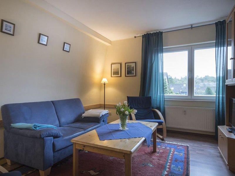 NO 6 - Gemütliche Famlien Ferienwohnung, strandnah für bis zu 5 Personen, holiday rental in Nordholz