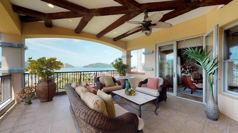 Spectacular Luxury Oceanview Condo,The Best View at Los Sueños!, holiday rental in Los Suenos