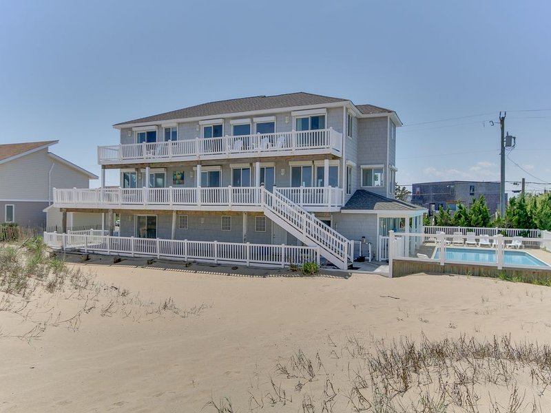 Amenity PACKED, Pool, Elevator,breath-taking views, Sleeps 20!, alquiler de vacaciones en Virginia Beach