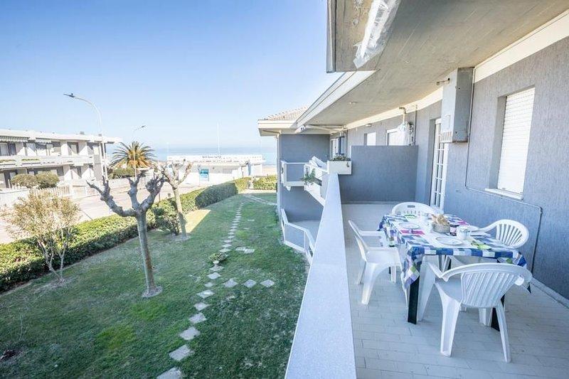 Ferienwohnung Silvi Marina für 4 Personen mit 1 Schlafzimmer - Ferienwohnung, vacation rental in Fonte Umano-San Martino Alta