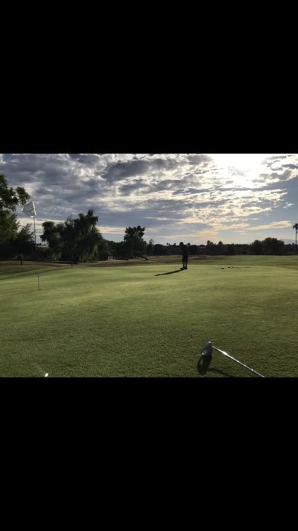 Several golf courses nearby within a 15 minute drive.