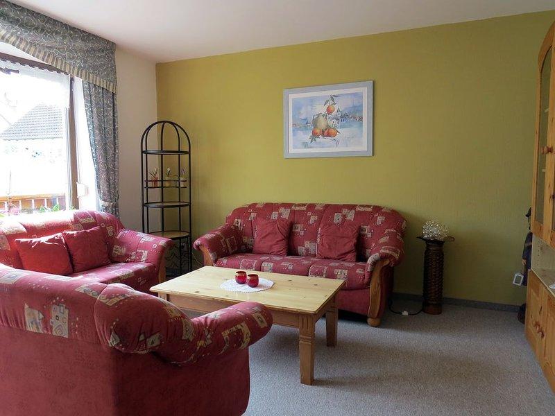 Gemütlich und komfortabel eingerichtete Ferienwohnung in sonniger, ruhiger Lage, holiday rental in Weissenburg in Bayern