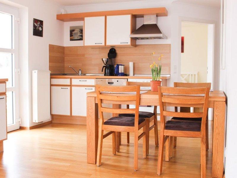 Ferienwohnung mit Garten, 67qm, 2 Schlafzimmer, max. 4 Personen, location de vacances à Bad Saulgau