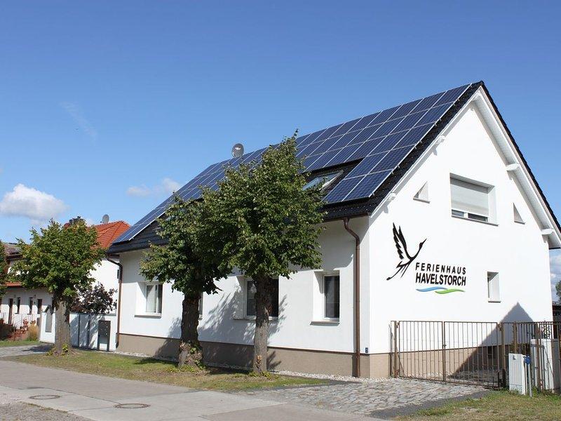 Ferienhaus HAVELSTORCH mit 4 Ferienwohnnungen für max. 17 Personen, location de vacances à Havelsee