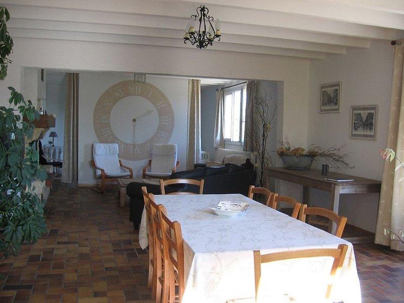 gîte La prairière maison individuelle  jardin proche Hardelot , charme,calme, holiday rental in Bezinghem