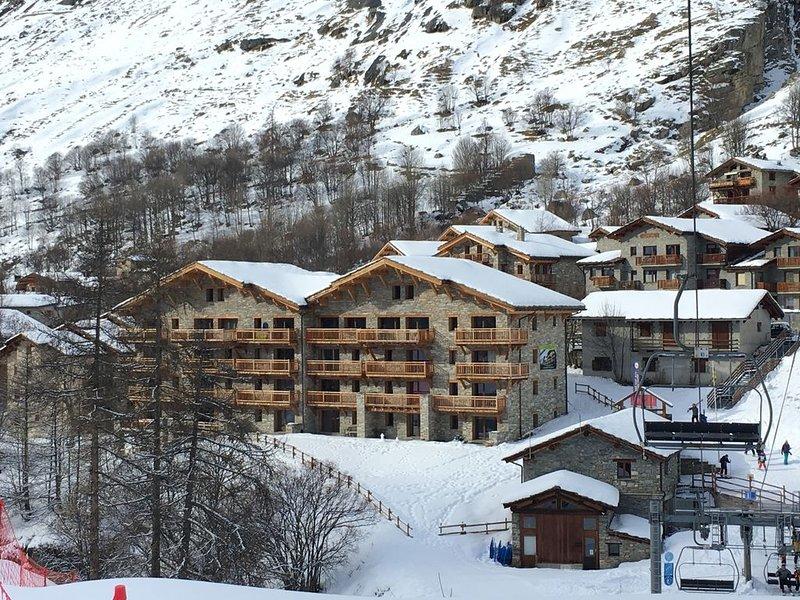 BONNEVAL-SUR-ARC la Bergerie: Appartement neuf grand confort au pied des pistes., vacation rental in Noasca