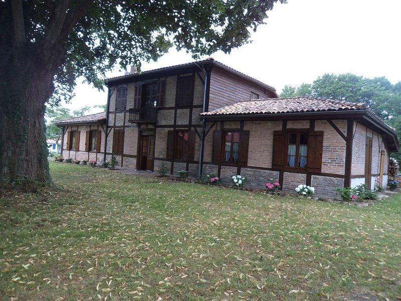 Maison Landaise à Pontenx-les-Forges proche Mimizan, holiday rental in Saint-Paul-en-Born