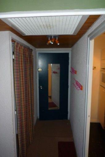 Entrada + armario