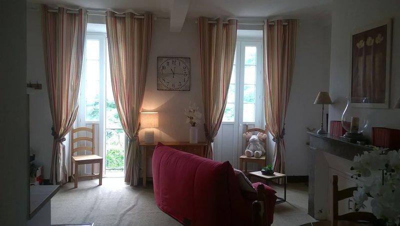 APPART 6/8 PERS LUZ ST SAUVEUR, vacation rental in Luz-Saint-Sauveur