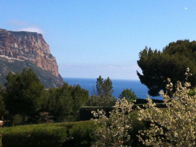 CASSIS - APPARTEMENT T3 DANS BELLE RESIDENCE-PISCINE/TENNIS -6 Pers, alquiler de vacaciones en Cassis