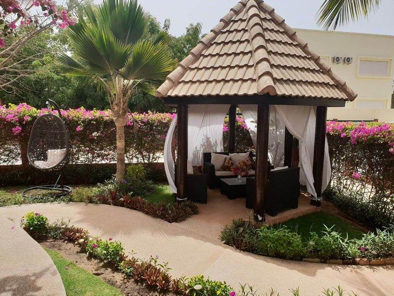 Une Jolie Villa dans Residence:  Village Des Baobolongs, location de vacances à Ngaparou