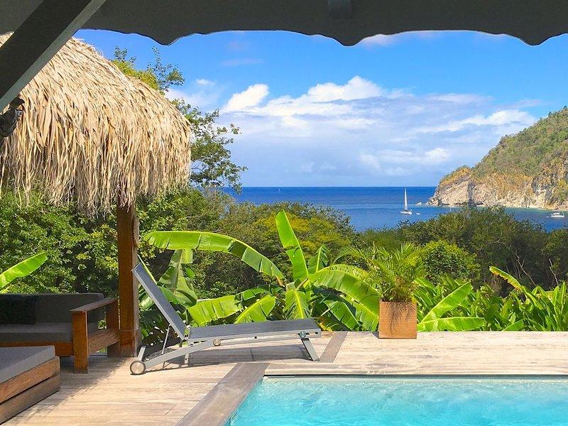 Villa Corali ,calme, confort ,piscine ,face à la mer des Caraibes, location de vacances à Guadeloupe
