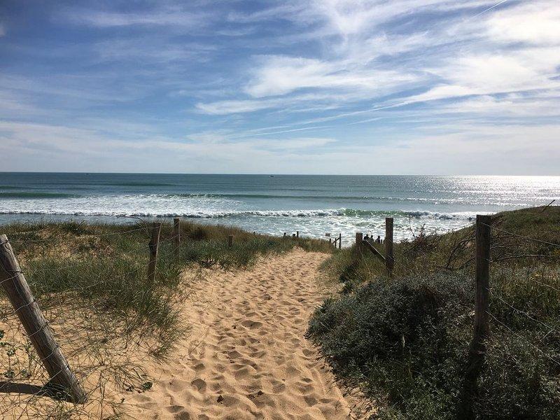 A 300 M de la plage de sable proche de la Cotinière., location de vacances à Saint-Pierre-d'Oléron