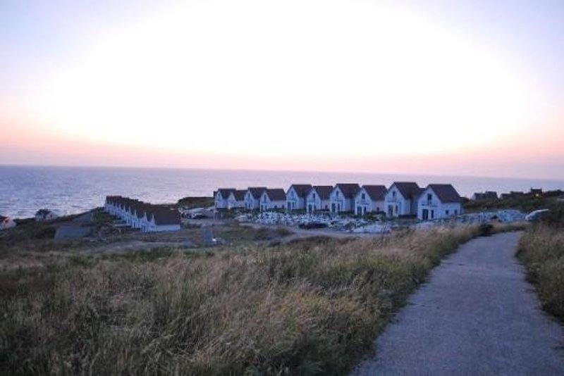 Unique   Ravissante villa avec vue panoramique sur mer !, holiday rental in Saint-Leonard