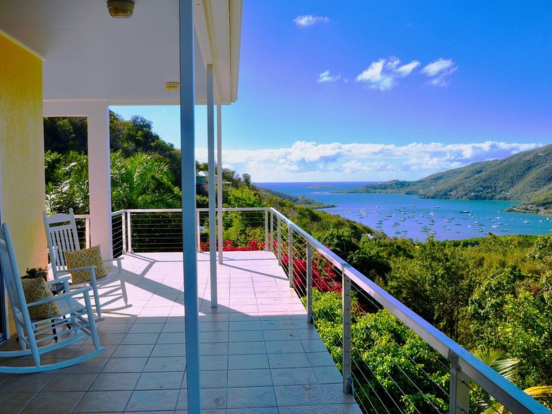 Coral Livin' -  Enjoy the Views, Gentle Breezes and Charm of Coral Bay, holiday rental in West End