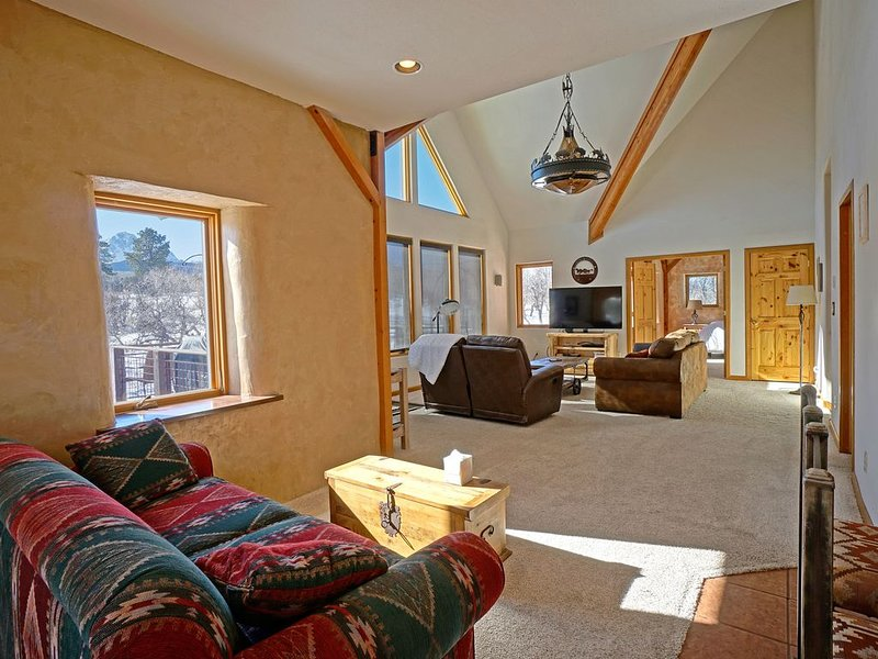 One of A Kind Elk Meadows Home - Comfortable, Family Friendly-Spectacular Vistas, location de vacances à Ridgway