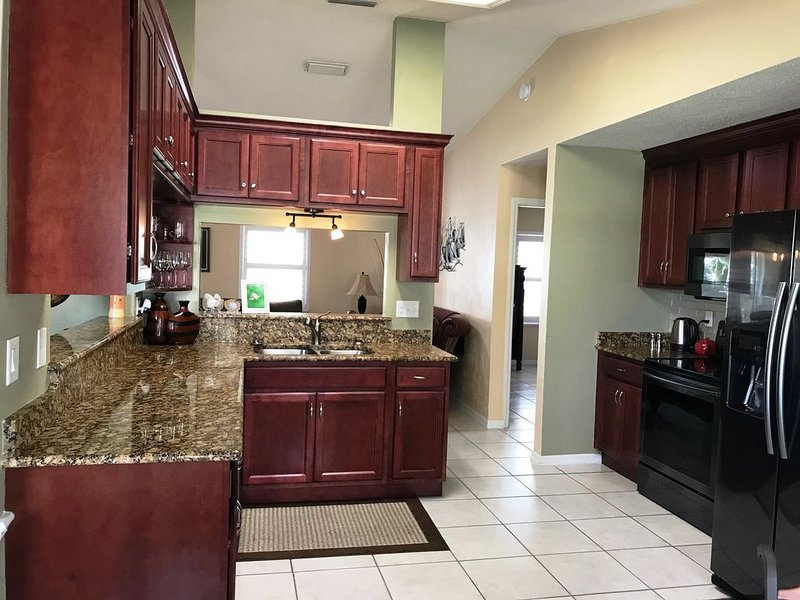 Book 7 Nights, Pay for 6! Monthly Discount Florida Home/Races, Bike Week, Beach, vacation rental in Port Orange