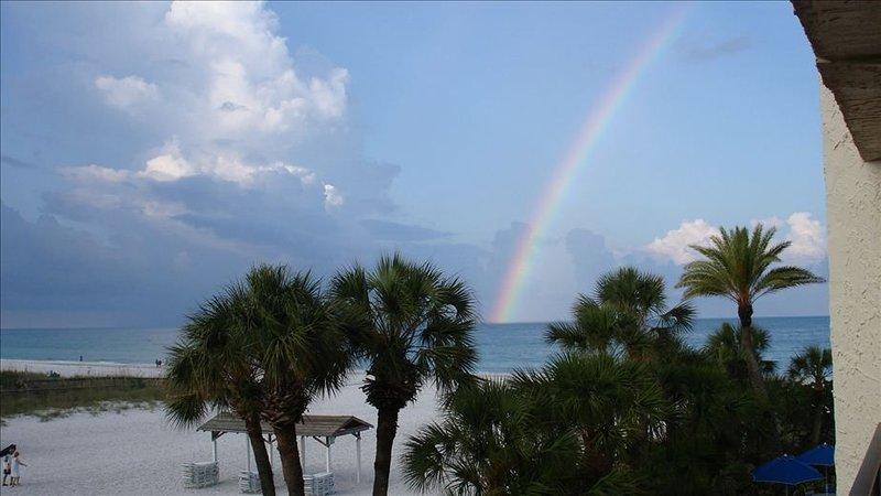Siesta Key Gulf & Beach Front Condo on Crescent Beach, vacation rental in Gulf Gate Estates