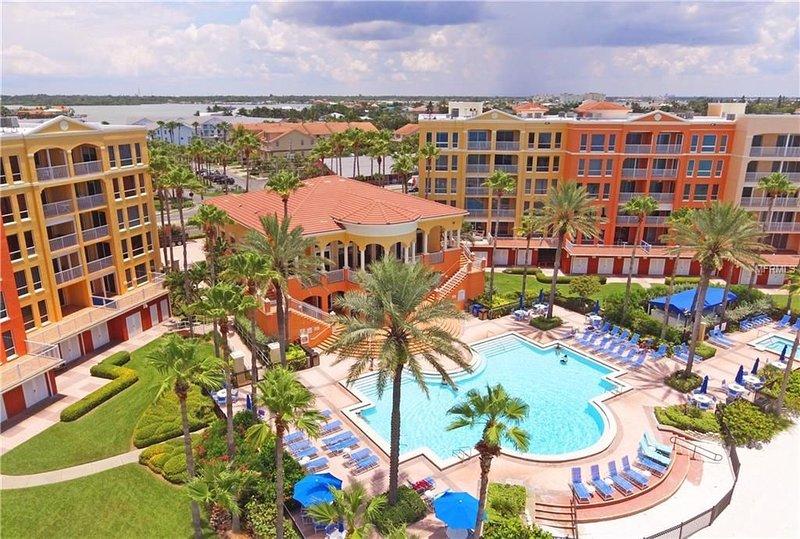 Tides Beach Club FL Gulf Coast, luxury 3 BR, 2.5 bath, beachfront condo, vacation rental in North Redington Beach