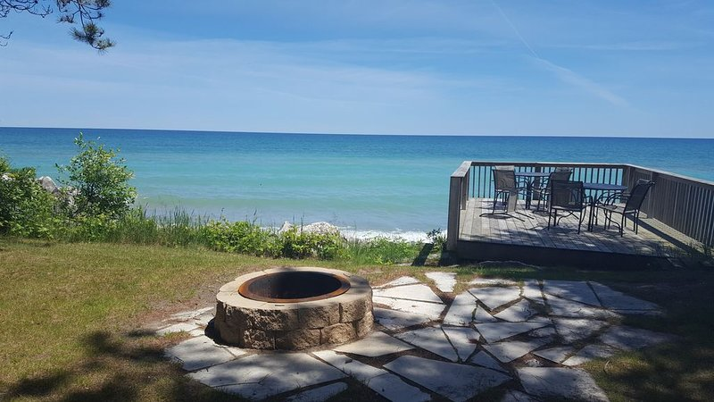 Large Family and Groups, 'This is Your Retreat Location !' Reserve Now!, alquiler vacacional en Kewaunee
