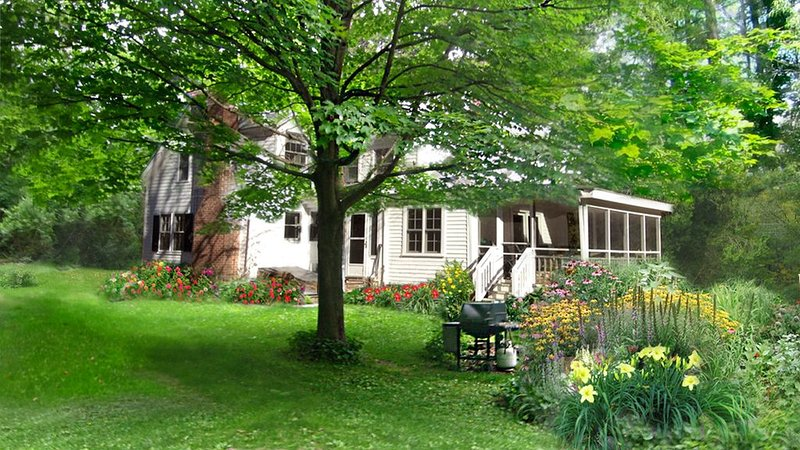 Vacation in a  Berkshire Farmhouse, holiday rental in Austerlitz
