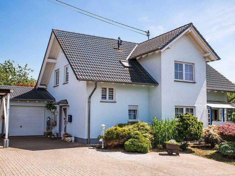 Das blaue Haus in Dürrholz im Westerwald, holiday rental in Eitorf