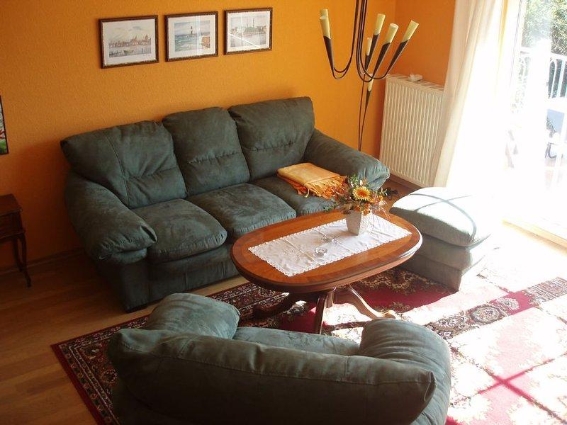 Hochwertig ausgestattete Wohnung über zwei Etagen in Strandnähe, holiday rental in Klockenhagen