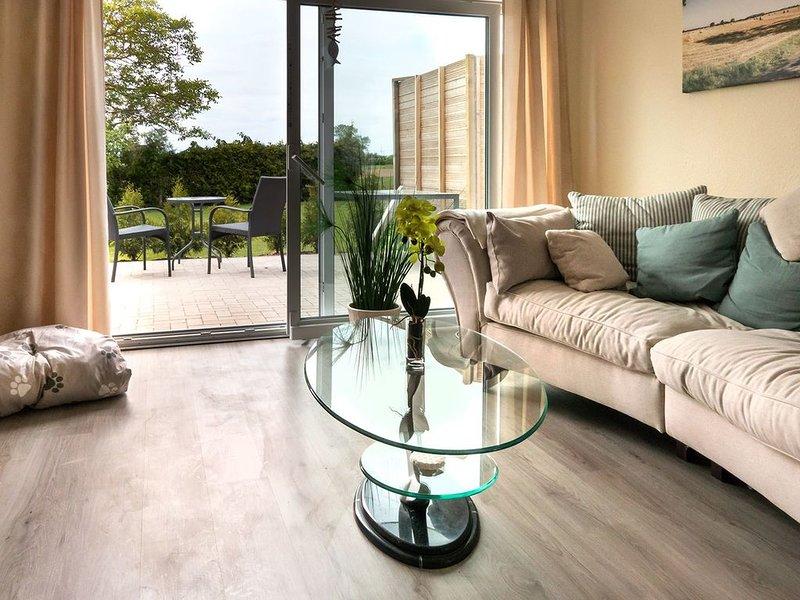 Bungalow für 2 Gäste mit 70m² in Weitenhagen (124926), holiday rental in Zussow