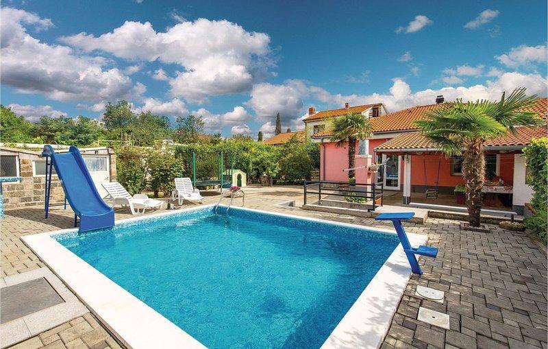 2 Zimmer Unterkunft in Rijeka, holiday rental in Drazice