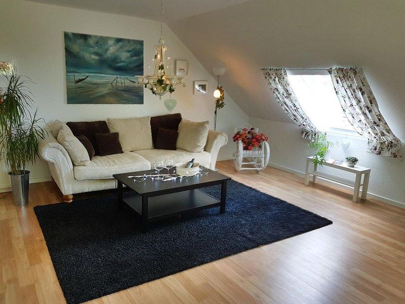 Charmantes Arpartement für bis zu 5 Gäste, holiday rental in Worpswede