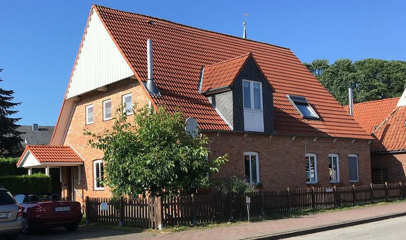 Ferienhaus im idyllischen Ferienort (Dorf) Oberndorf Oste mit WLAN, vacation rental in Neuendorf-Sachsenbande