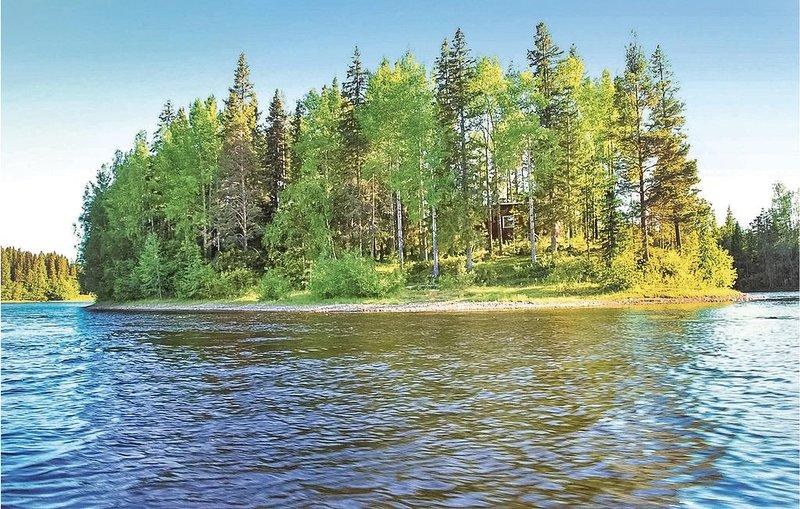 2 Zimmer Unterkunft in Sävast, vacation rental in Norrbotten County