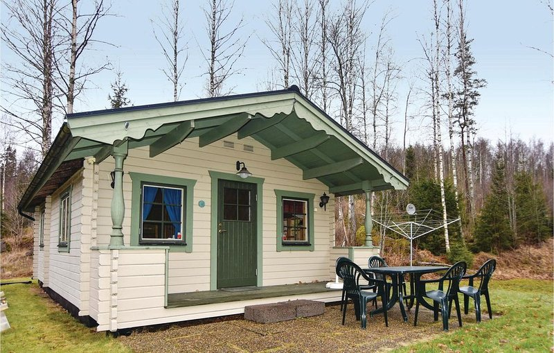 2 Zimmer Unterkunft in Storfors, vacation rental in Kristinehamn